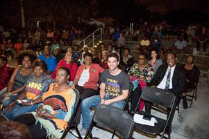 Commissioner Jordan and Miami Gardens Councilman Rodney Harris (Back row, blue shirt) greet the crowd at the Music in the Park concert.